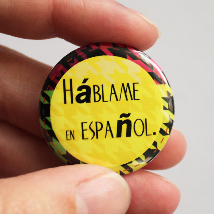 Fashion Button Collection Spanish