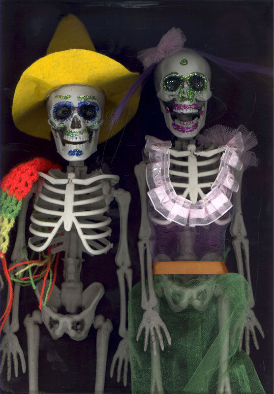 Los Esqueletos Spanish Dolls Set of 2